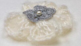 Broches au crochet en laine mohair