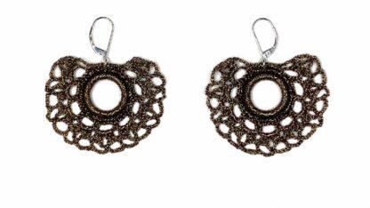 Boucles d'oreilles éventail bronze dentelle au crochet