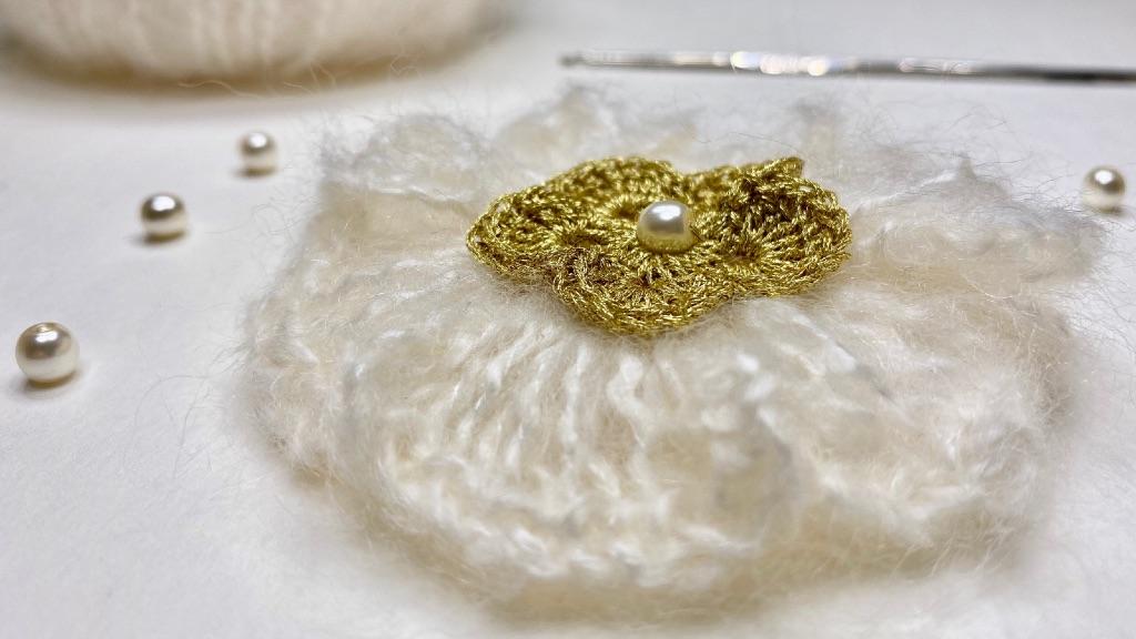 Broche-fleur-mohair-crochet