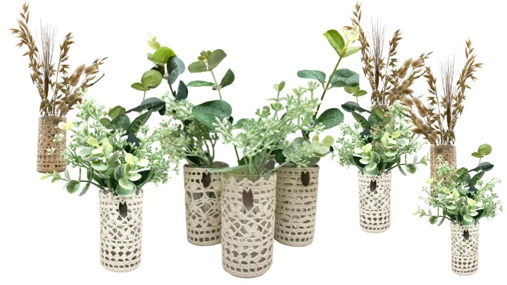 Vases en dentelle au crochet