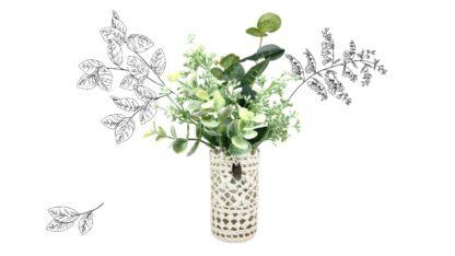 Petit vase fleur en dentelle au crochet