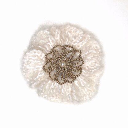 Pince cheveux fleur mohair blanc