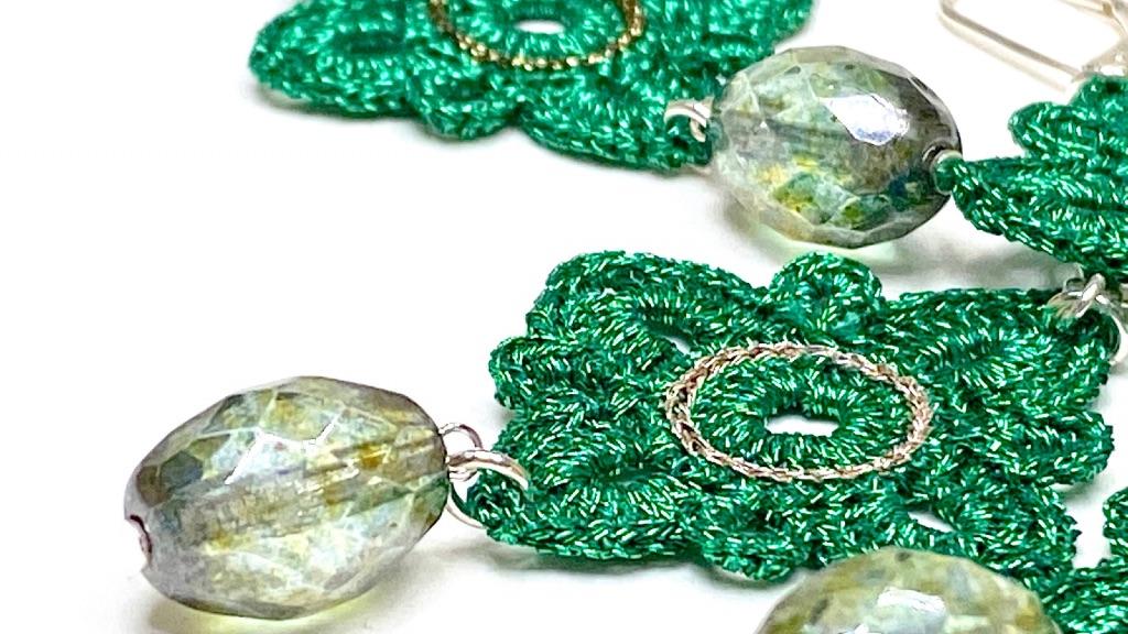 Bijoux en dentelle au crochet