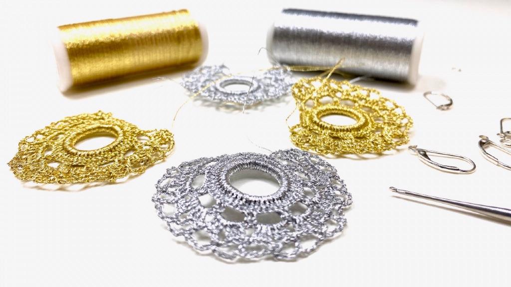 entretien bijoux en dentelle au crochet